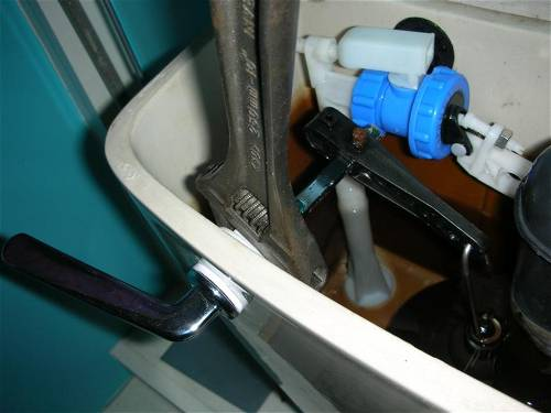 Replacing A Toilet Lever Toilets Plumbing