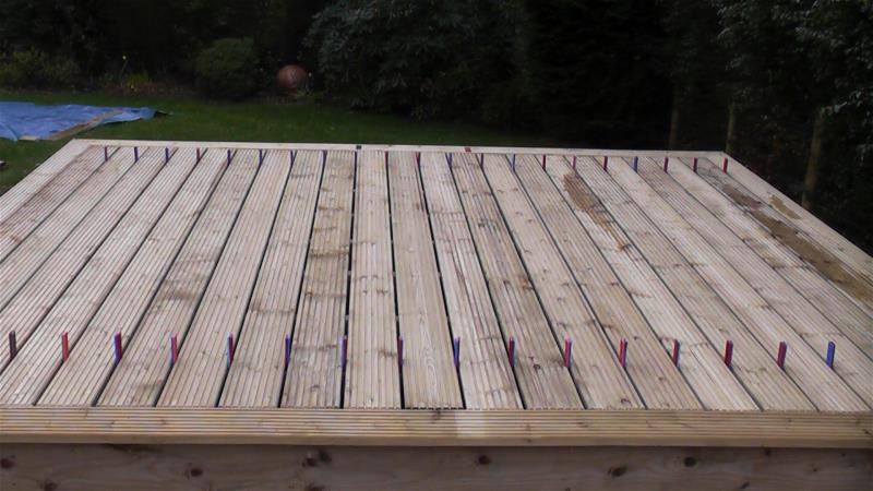 How to make a picture frame deck decking