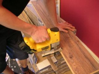 Dewalt DW933 cutting laminate