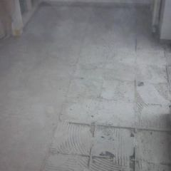 floor tiles removal