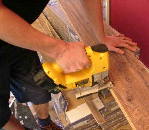 Laminate Floor Cutting Laminate Floor Fitting